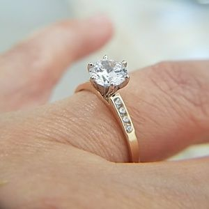 14K Solid Yellow Gold Engagement Ring